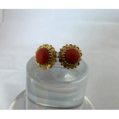 Gouden oorbellen bloedkoraal